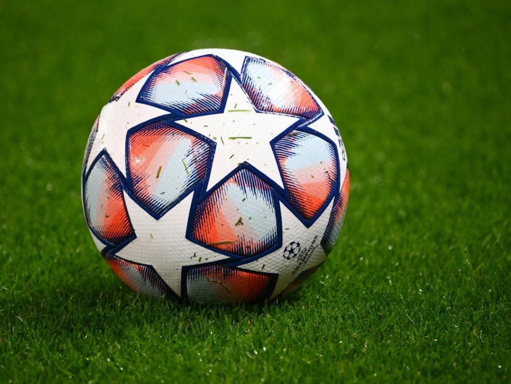 Fußballvereine leiden finanziell unter COVID.. ©SID FRANCK FIFE