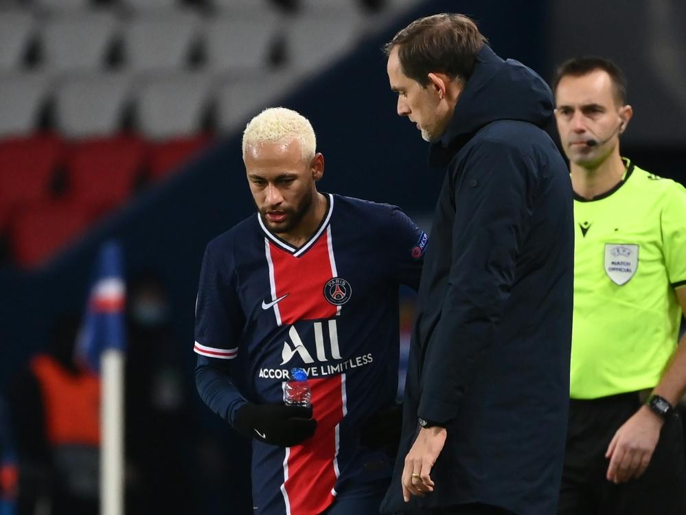Neymar steht Paris erst im Januar wieder zur Verfügung. ©SID FRANCK FIFE