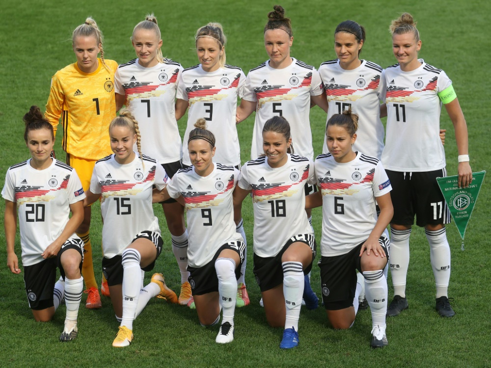 Erstes Frauen-Länderspiel 2021 im Aachener Tivoli. ©FIRO/SID