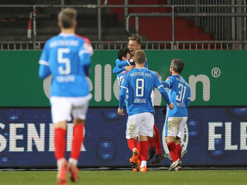 Holstein Kiel sichert sich die Tabellenführung. ©FIRO/SID