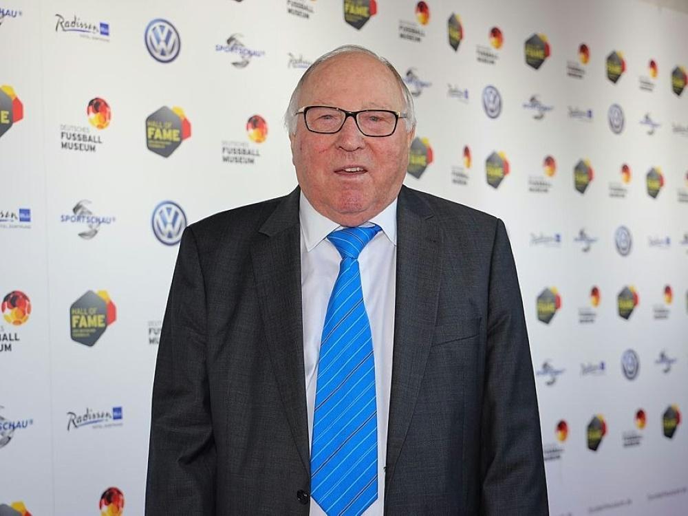 Uwe Seeler hofft auf Terodde Verbleib. ©FIRO/SID