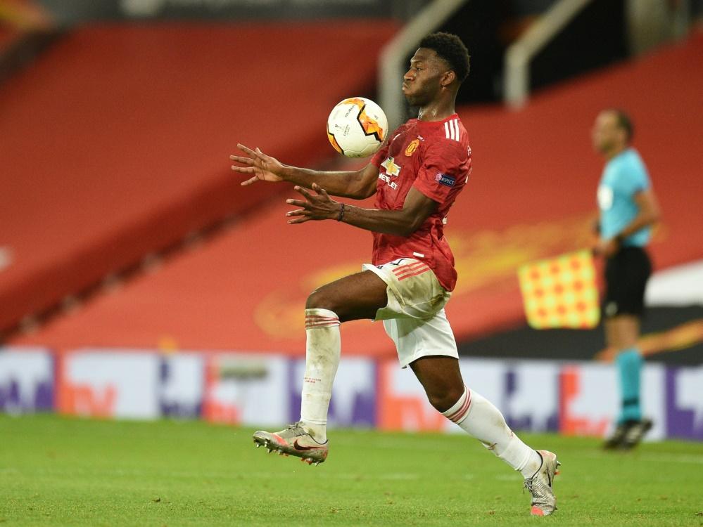 Bayer Leverkusens Neuzugang Timothy Fosu-Mensah . ©SID OLI SCARFF