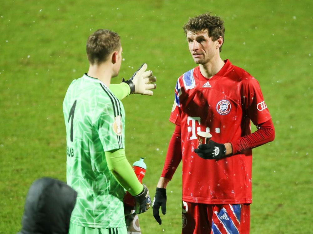 Thomas Müller (r.) nach dem Pokal-Aus in Kiel. ©FIRO/SID