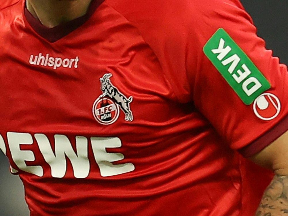 Köln verlängert mit Sponsor DEVK. ©FIRO/SID
