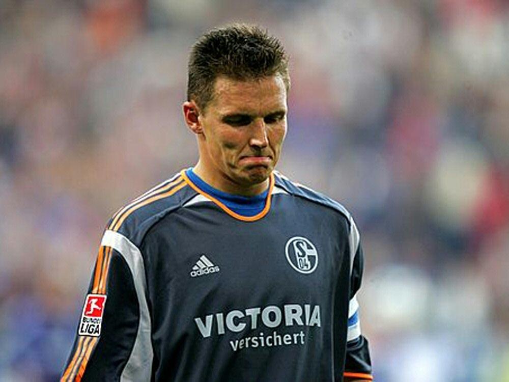 Frank Rost sieht Personalpolitik auf Schalke kritisch. ©FIRO/SID