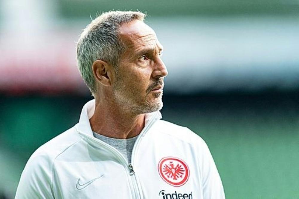 Hütter hofft mit Frankfurt auf Sieg in Mainz. ©FIRO/SID