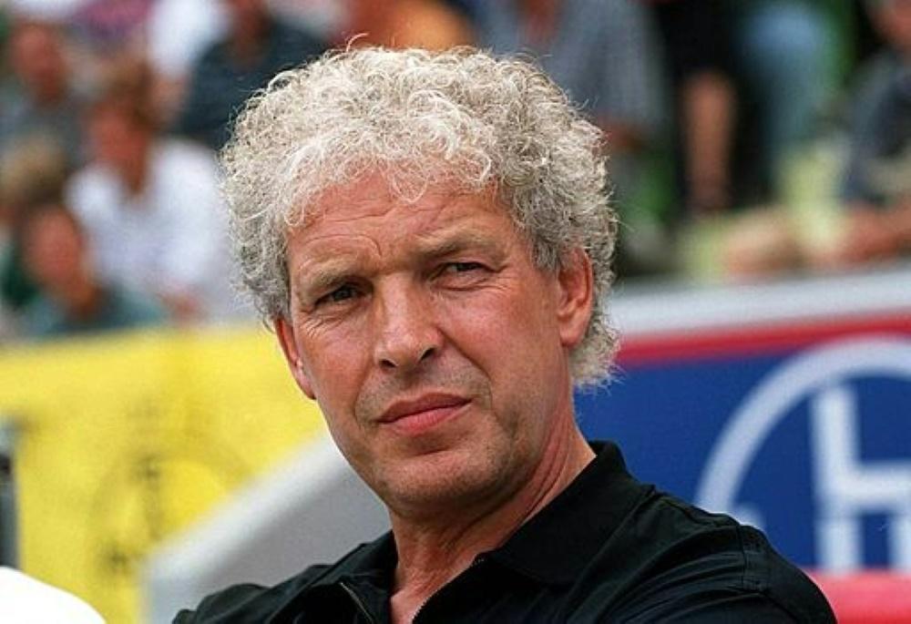Klaus Toppmöller war überrascht von dem Dopingfall. ©FIRO/SID