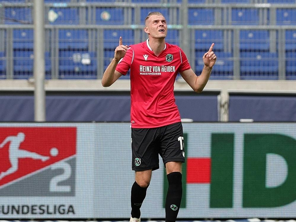 Hannovers Marvin Ducksch trifft gegen Sandhausen doppelt. ©FIRO/SID