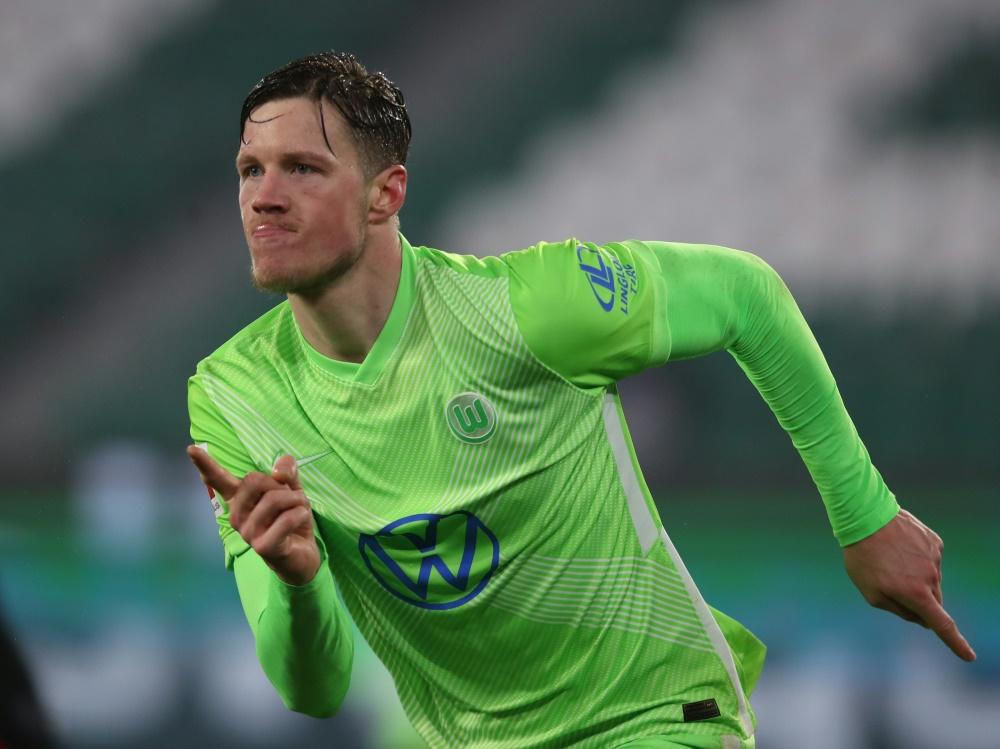 Wout Weghorst trifft zum 2:0 Sieg gegen Mainz 05. ©SID RONNY HARTMANN