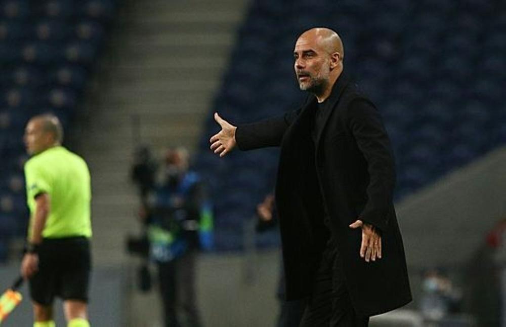 Pep Guardiola versteht die Corona-Regelungen nicht. ©FIRO/SID