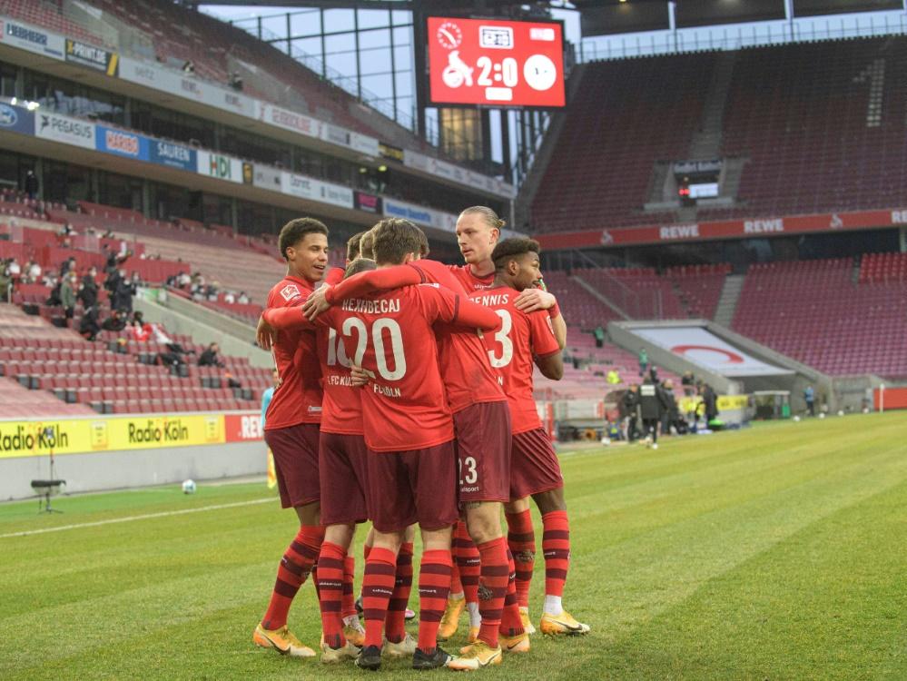 Elvis Rexhbecaj trifft doppelt beim Erfolg der Kölner. ©FIRO/SID