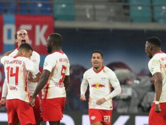RB Leipzig dreht das Spitzenspiel und gewinnt 3:2. ©SID RONNY HARTMANN