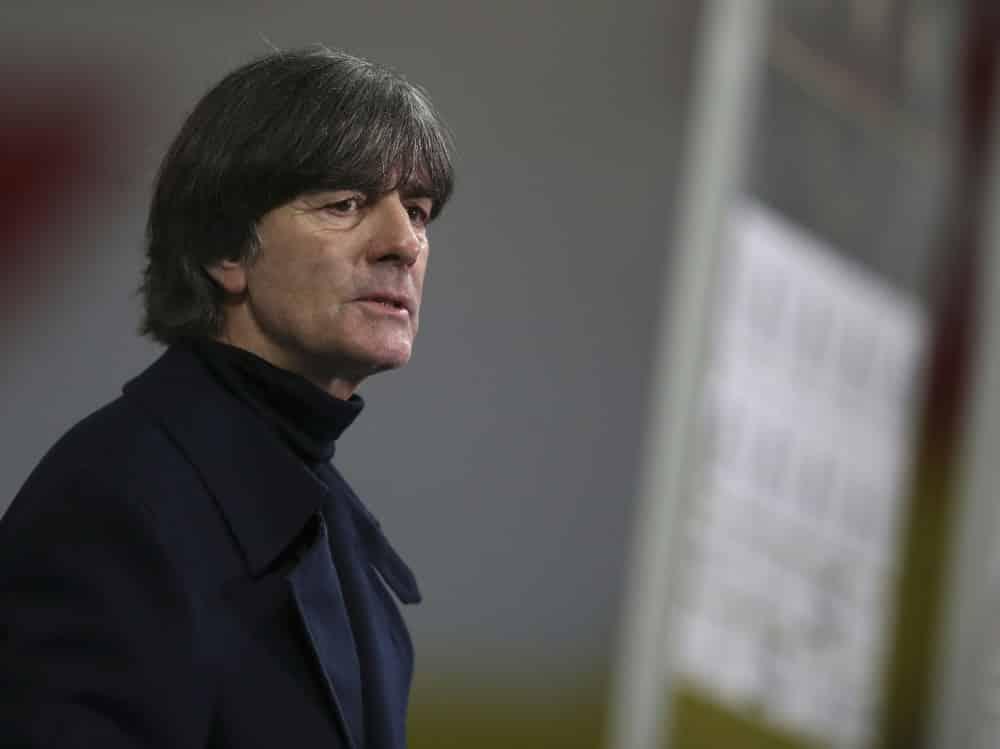 Für Fans nicht mehr der Richtige: Joachim Löw. ©SID RONNY HARTMANN