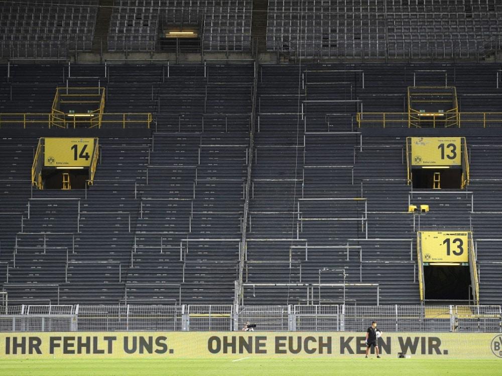 Vor einem Jahr: Zwangspause für den Deutschen Fußball. ©FIRO/SID