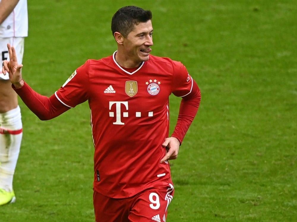Robert Lewandowski hofft auf einen Einsatz gegen Mainz. ©SID MATTHIAS BALK