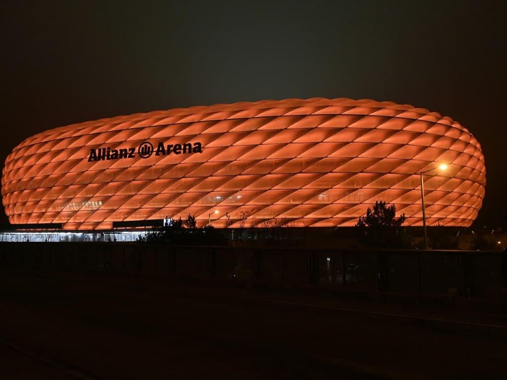 Spielort München: UEFA fasst keinen Beschluss. ©SID CHRISTOF STACHE