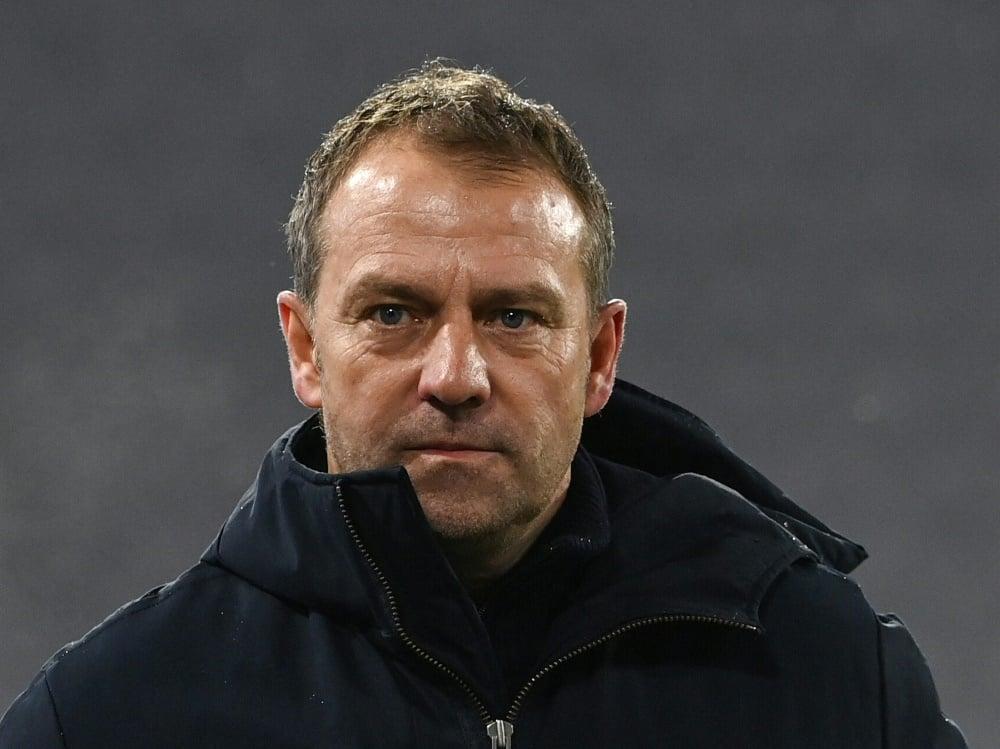Bayern Münchens Vorstand kritisiert Flicks Verhalten. ©SID CHRISTOF STACHE