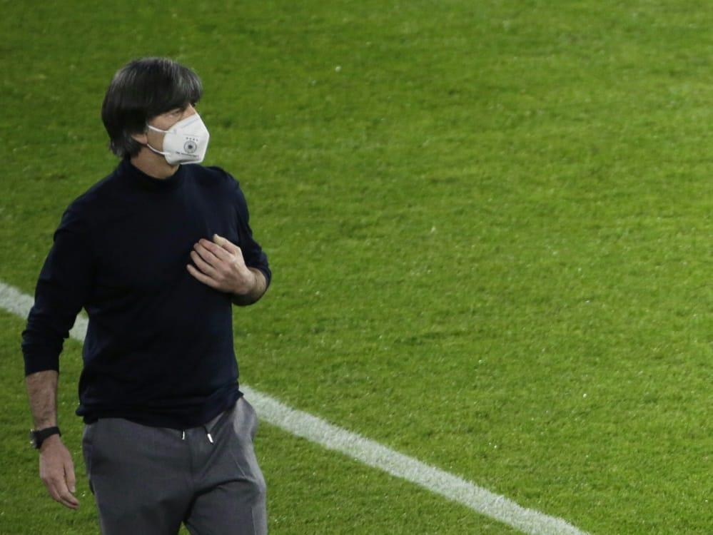 Bundestrainer Löw schloss Rücktritt nach Pleite aus. ©SID THILO SCHMUELGEN