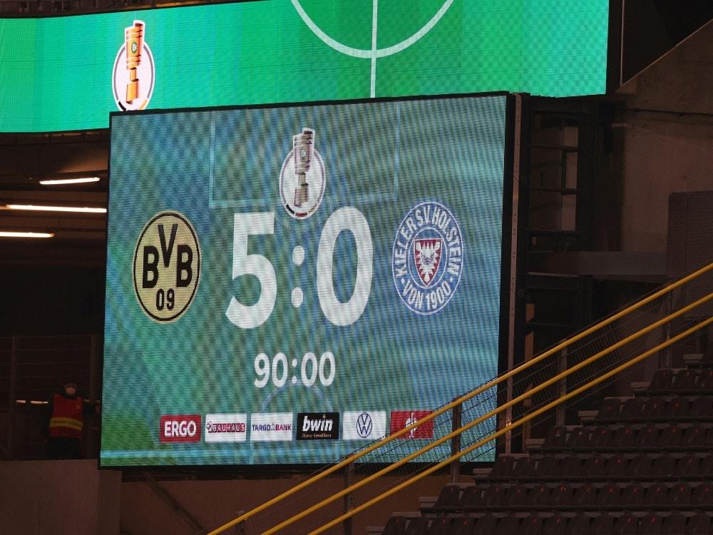 Dortmund spaziert ins DFB-Pokal-Finale. ©FIRO/SID