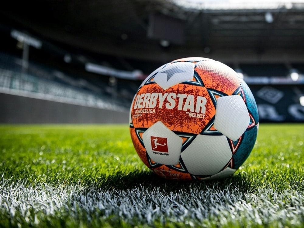 Derbystar-Ball bekommt neuen Anstrich. ©DERBYSTAR/DERBYSTAR