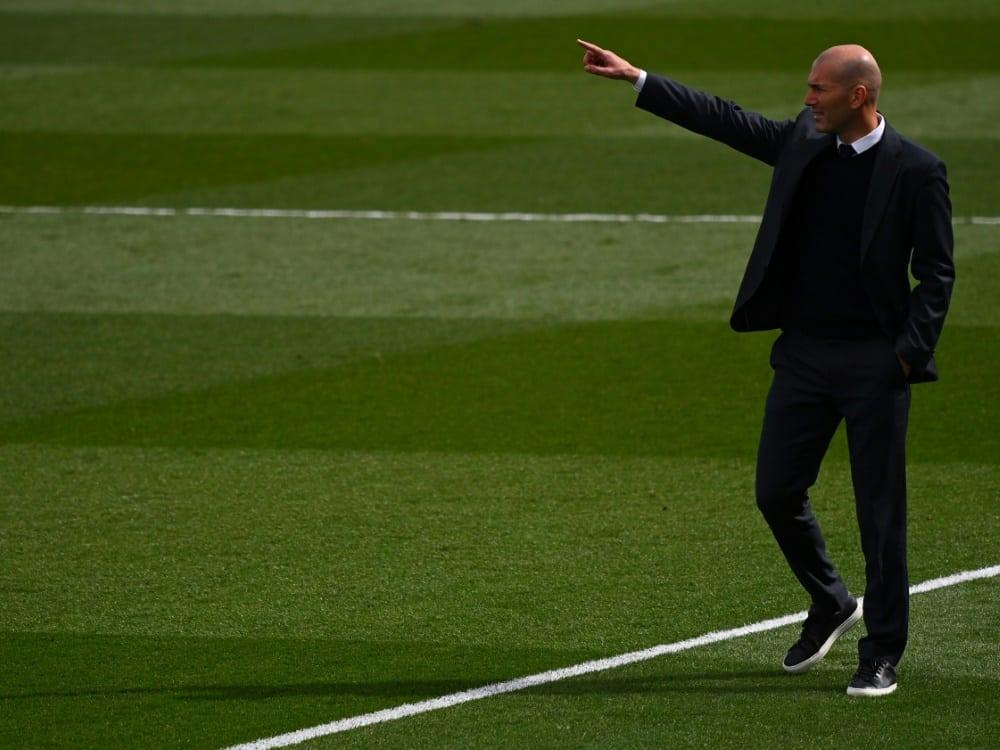 Medien: Zidane soll neuer Trainer bei Juventus werden. ©SID GABRIEL BOUYS