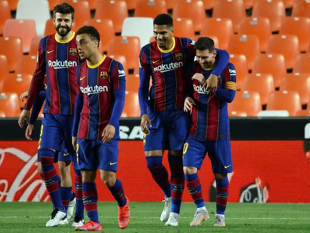 Unerlaubte Grillparty: Messi und Co. droht Ärger . ©SID JOSE JORDAN