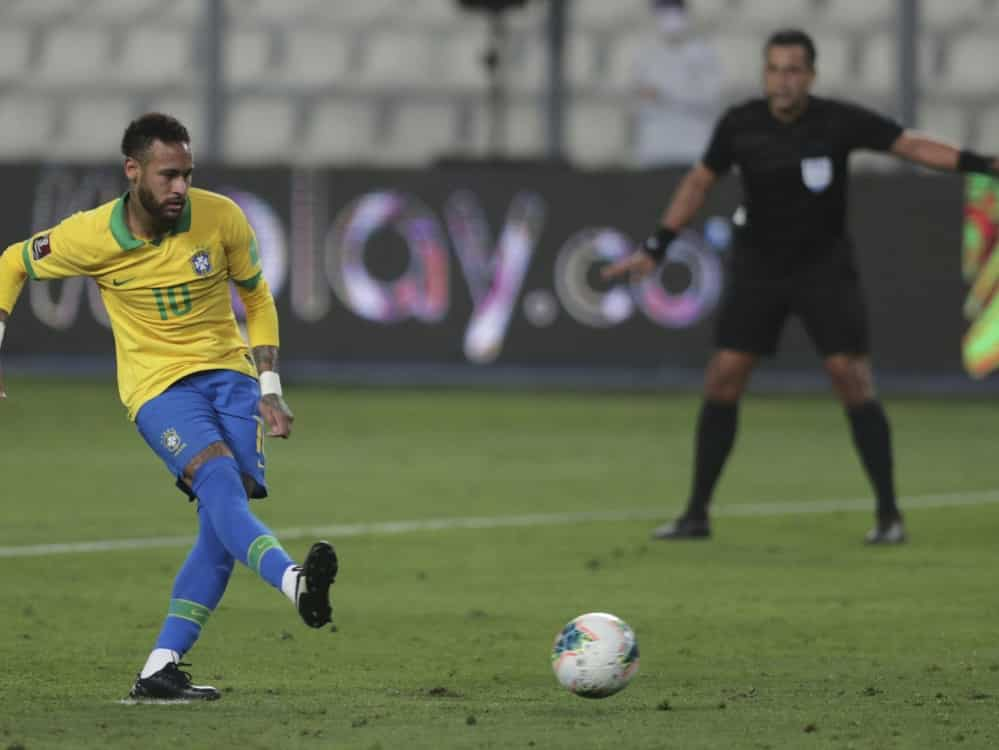 Neymar und das Nationalteam sind besorgt. ©POOL/SID SEBASTIAN CASTANEDA