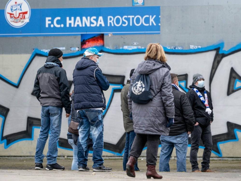 Hansa Rostock verkaufte 10000 Dauerkarten. ©SID AXEL HEIMKEN