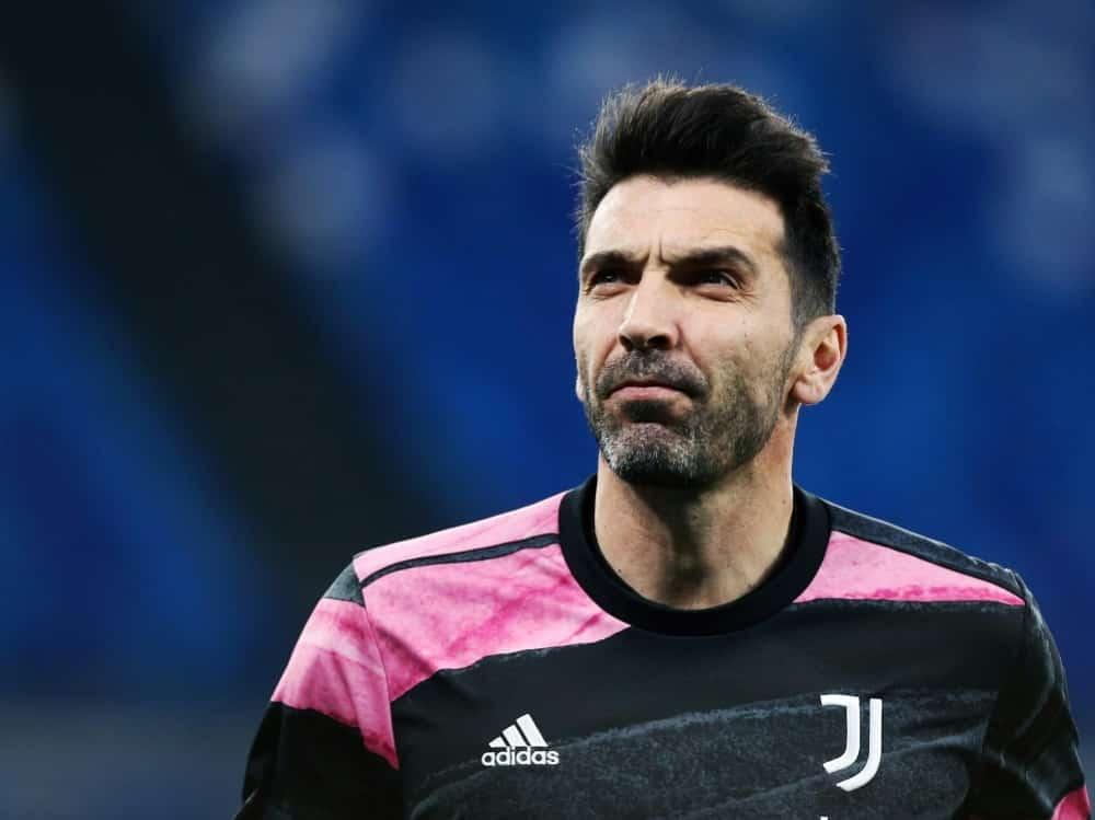 Gianluigi Buffon spielt wohl zukünftig für Zweitligist Parma. ©FIRO/SID