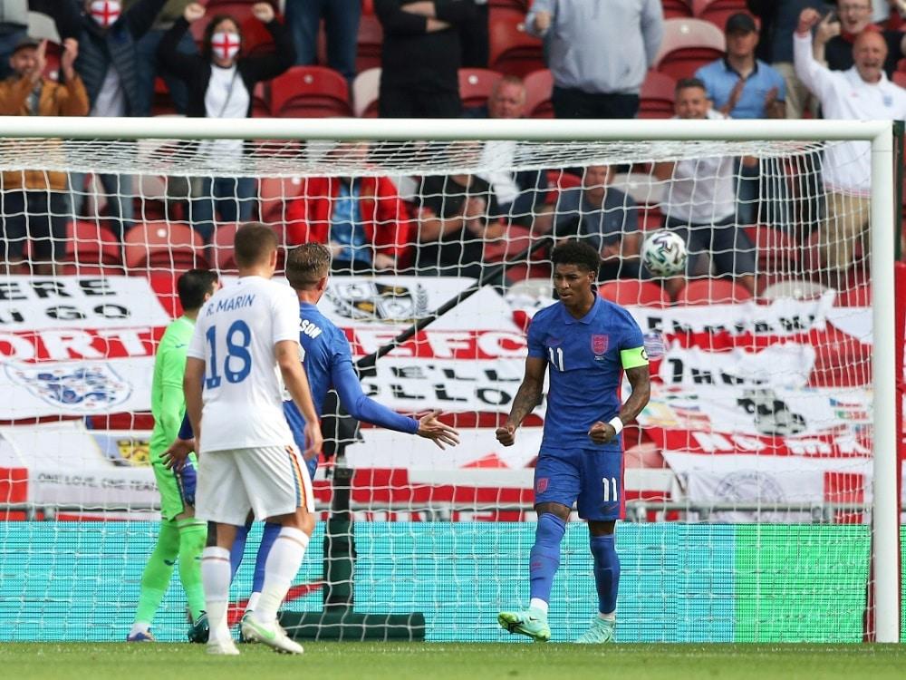Marcus Rashford erzielt den Siegtreffer gegen Rumänien. ©SID SCOTT HEPPELL