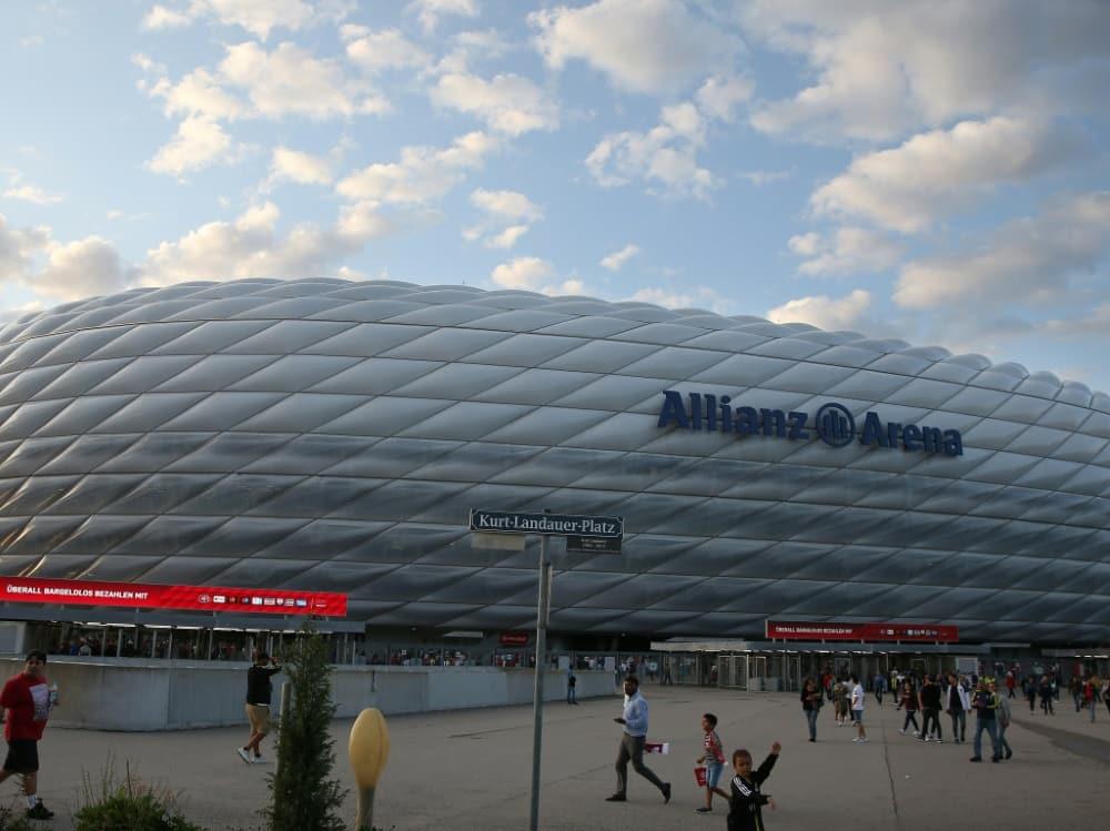 Die DFB-Kulturstiftung hat einen Reiseführer publiziert. ©FIRO/SID