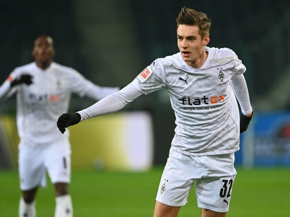 Florian Neuhaus weist Transfergerüchte zurück. ©SID INA FASSBENDER