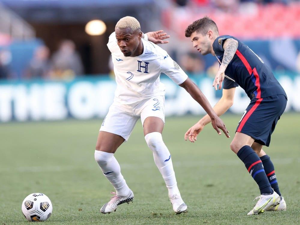 Pulisic (r./hier gegen Honduras) traf zum Finalsieg . ©SID MATTHEW STOCKMAN