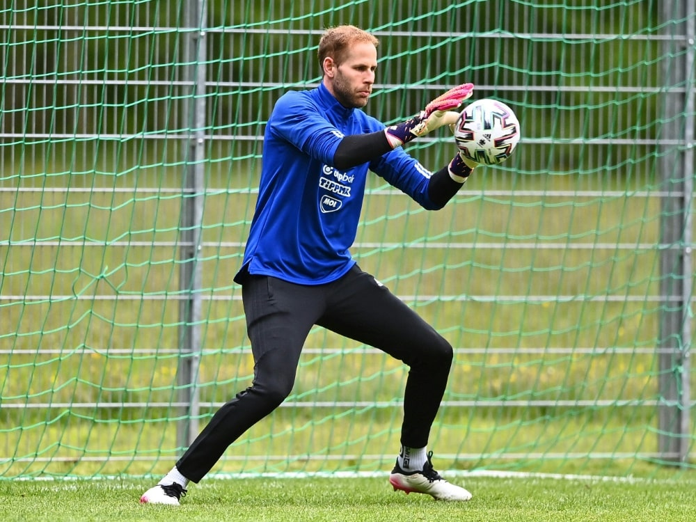 Für Peter Gulacsi zählt das DFB-Team zu den Favoriten. ©SID JOE KLAMAR