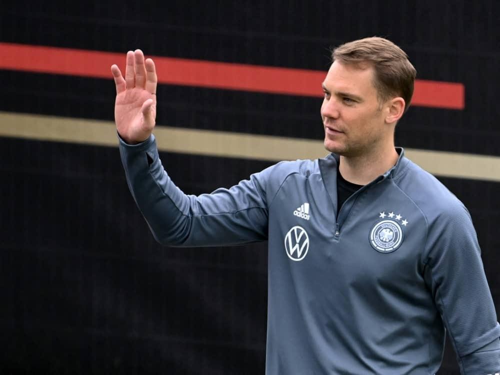 Auch Manuel Neuer wünscht der U21 viel Glück. ©SID CHRISTOF STACHE