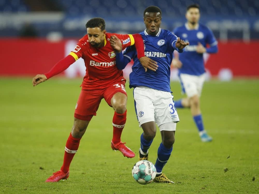 Hamza Mendyl (r.) wird an Gaziantep FK verliehen. ©SID LEON KUEGELER