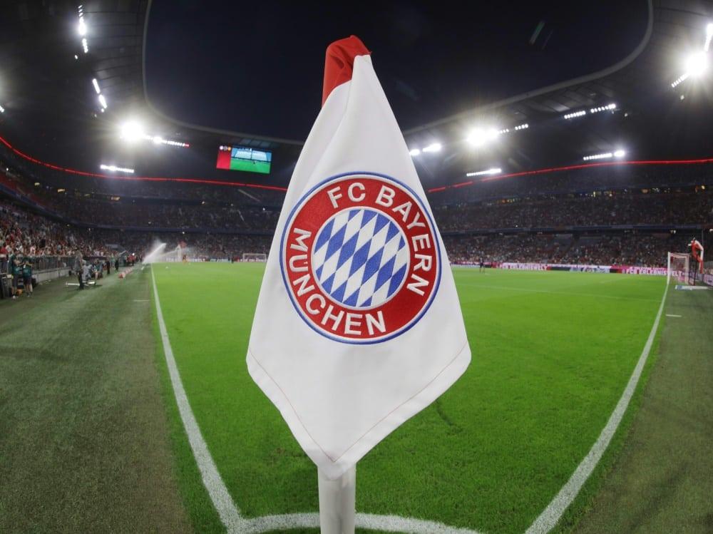 Bayern München und der 1. FC Köln spenden für Flut-Opfer. ©FIRO/SID