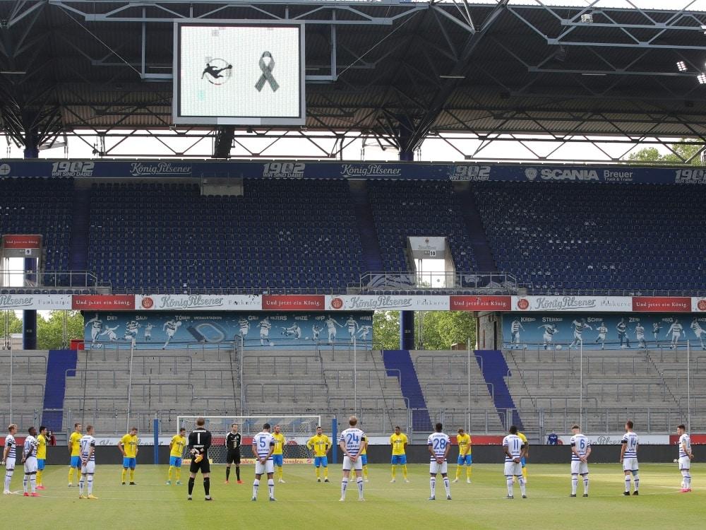 In der 3. Liga wird es eine Gedenkminute geben. ©FIRO/SID