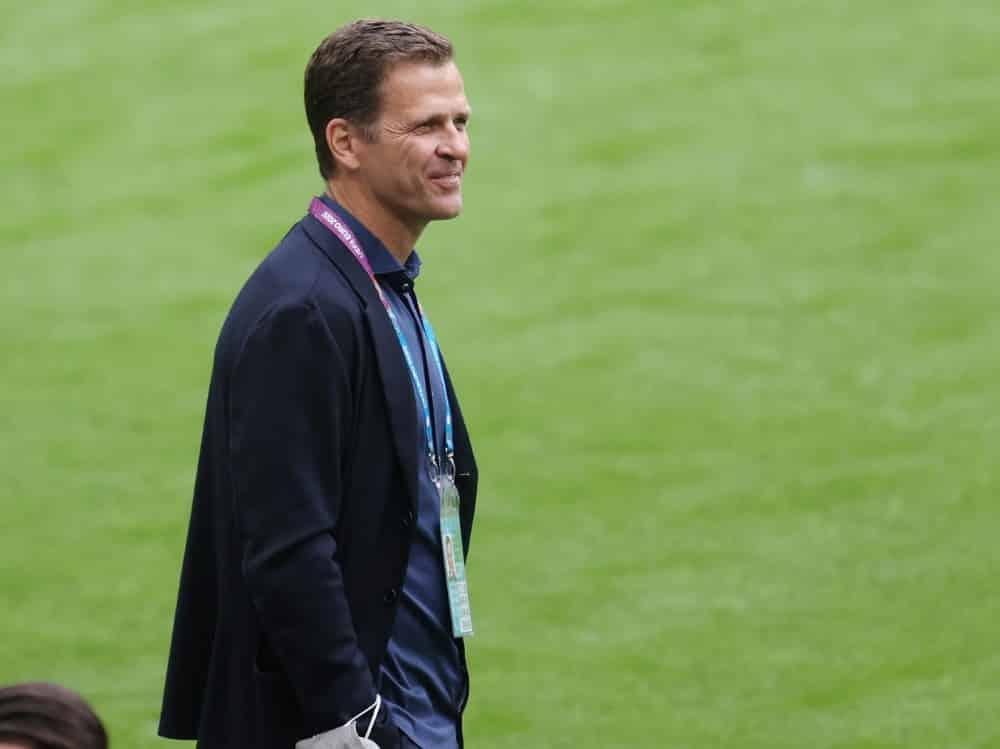 Oliver Bierhoff baut auf den neuen Bundestrainer. ©FIRO/SID