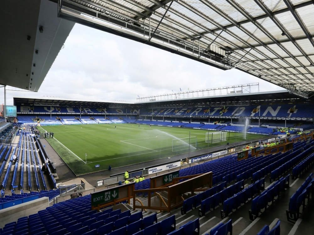 Everton suspendiert Spieler wegen Ermittlungen. ©FIRO/SID