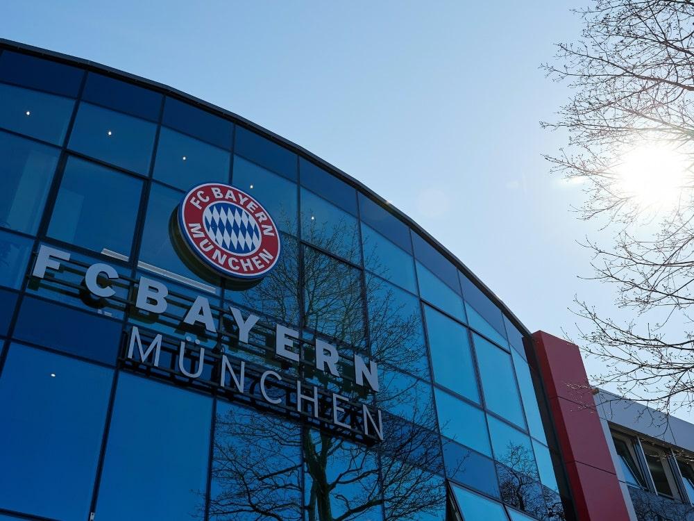 Bayern München: Jugendtrainer für 18 Monate gesperrt. ©FIRO/SID
