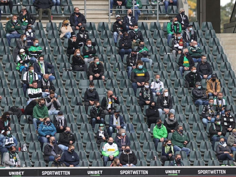 Borussia Mönchengladbach ruft Fans zum Impfen auf. ©FIRO/SID