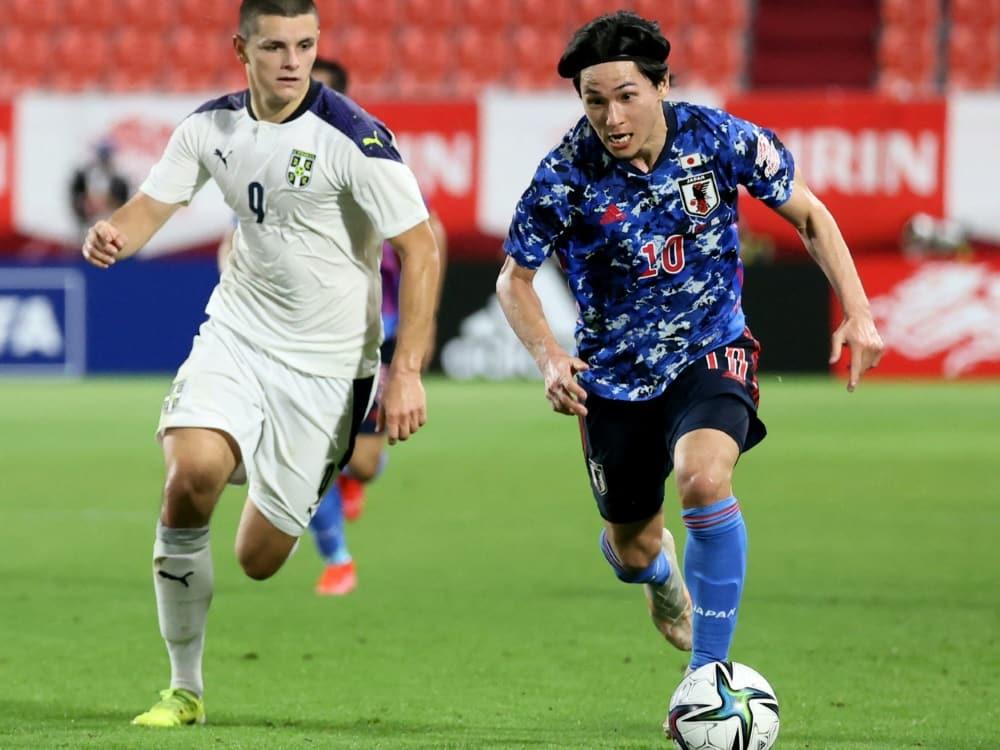 Hier im Einsatz für Serbien: Dejan Joveljic (l.). ©SID
