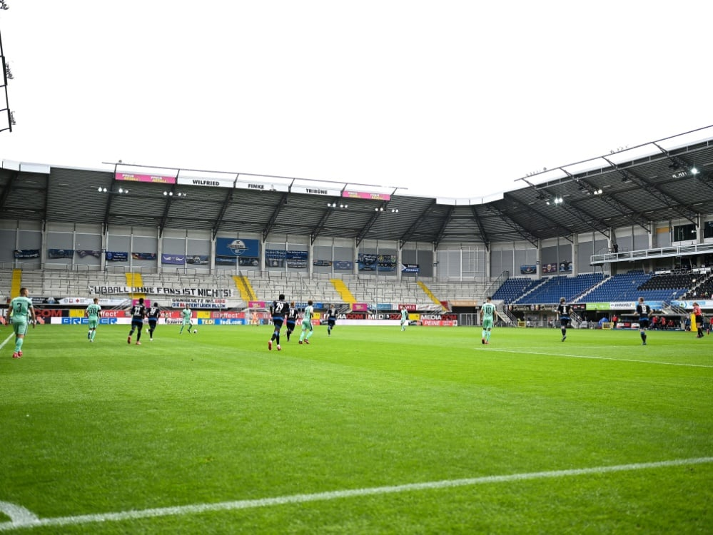 Paderborn darf 8500 Fans im Stadion begrüßen. ©FIRO/SID