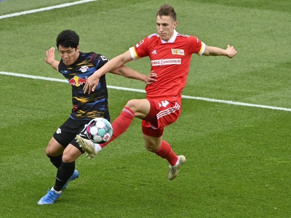 Hwang (l) wird als Leihgabe für Wolverhampton spielen. ©SID JOHN MACDOUGALL