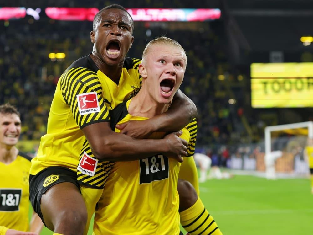 Der BVB gewinnt nach wilder Schlussphase mit 3:2. ©FIRO/SID