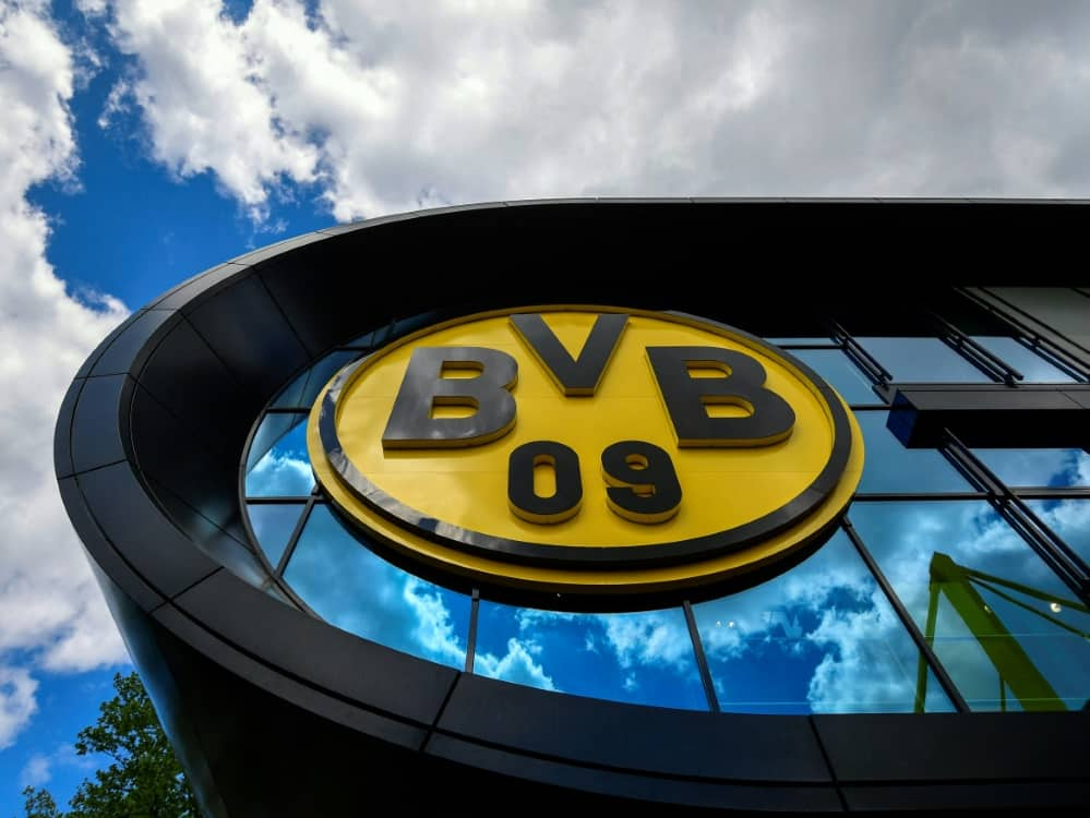 Borussia Dortmund erhält eine Geldstrafe. ©SID INA FASSBENDER