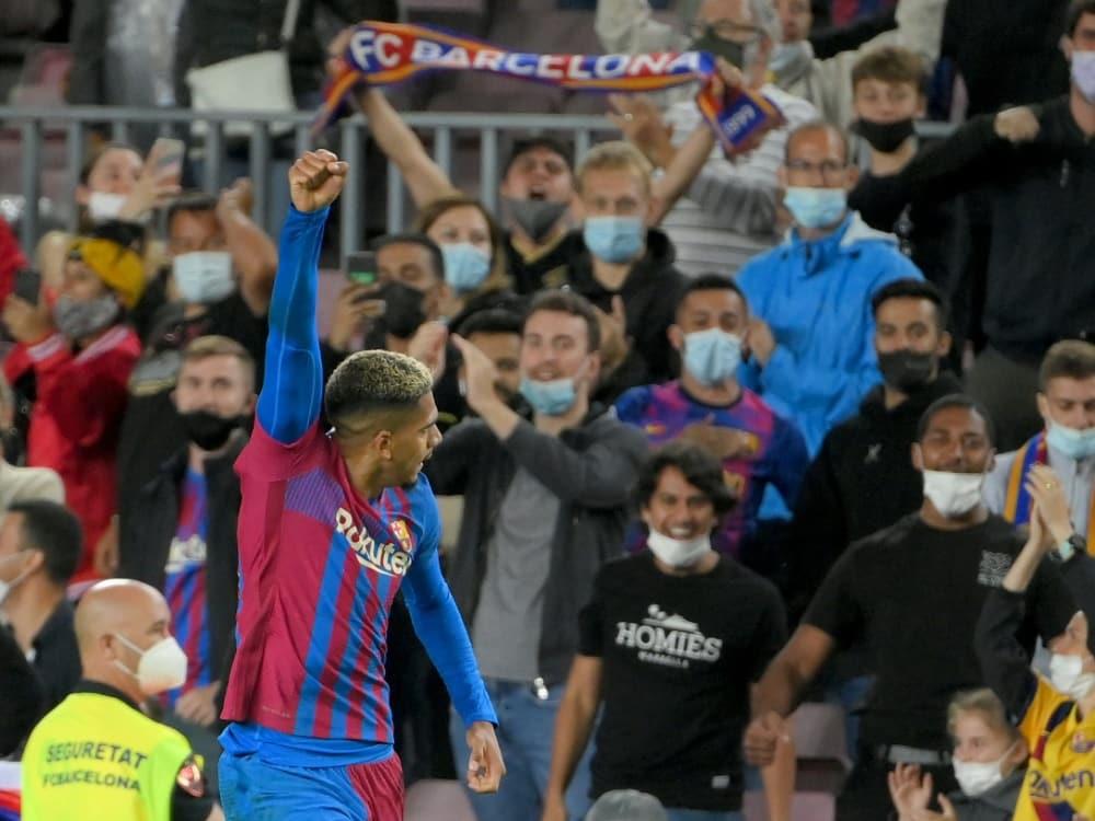 Barcelona holt spät einen Punkt gegen Granada. ©SID LLUIS GENE