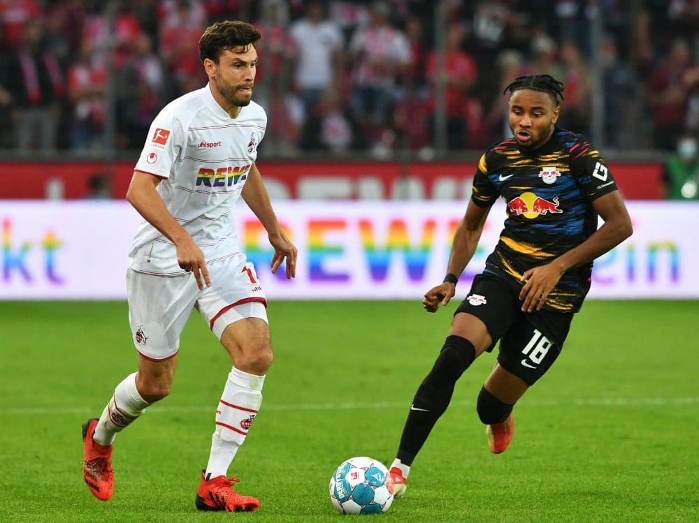 Hector (l.) ist keine Option für Bundestrainer Flick. ©SID UWE KRAFT