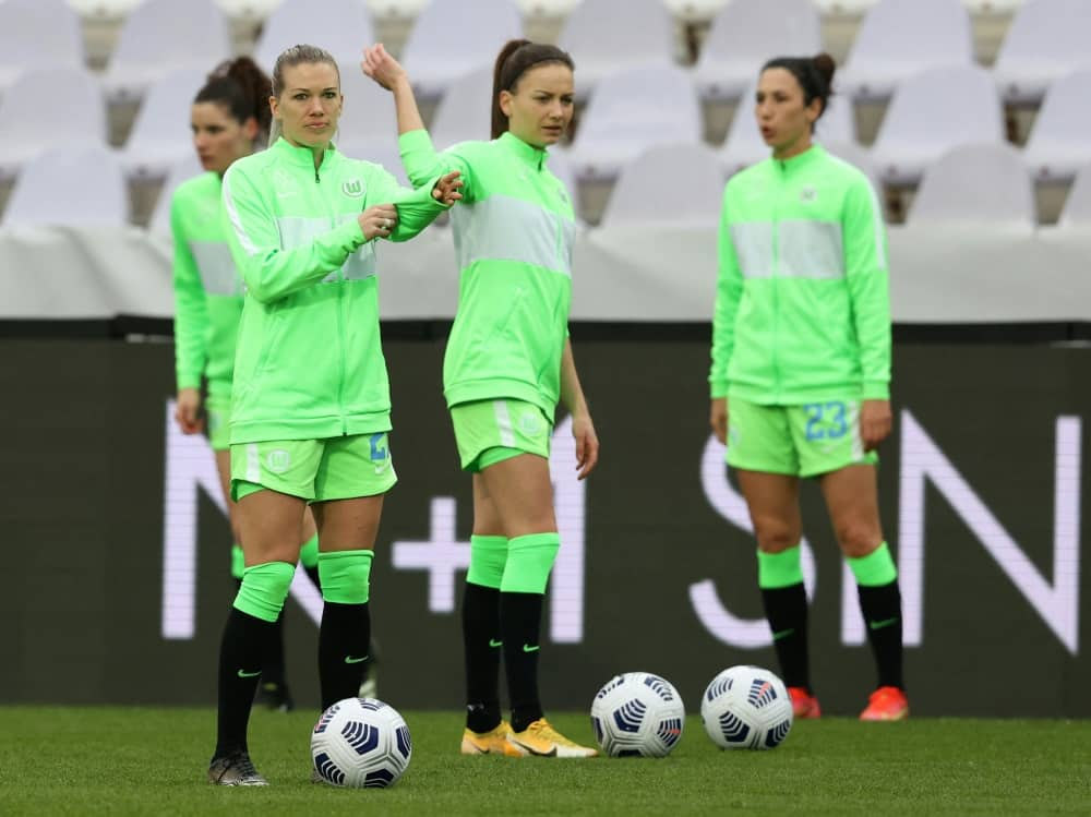 Wolfsburgs Frauen nach Krimi in CL-Gruppenphase. ©SID ISTVAN HUSZTI